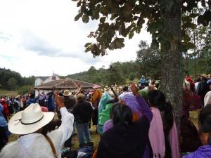 Pueblo creyente en contra de proyectos extractivos. Foto: Gaspar Morquecho