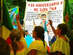 Mujeres indígenas choles de Tila en el marco de la marcha el jueves 16. Foto: Radio Pozol