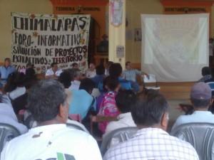 Foro donde comuneros rechazan mineras. Foto: Página3