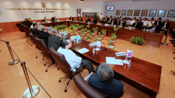 La presidenta del IEPC  convocó a la ciudadanía a denunciar dinero del crimen organizado en campañas electorales cuando así tengan conocimiento de ello.