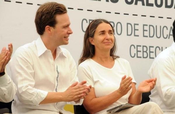 El gobernador Manuel Velasco y la ambientalista Julia Carabias Lillo, relación estrecha.