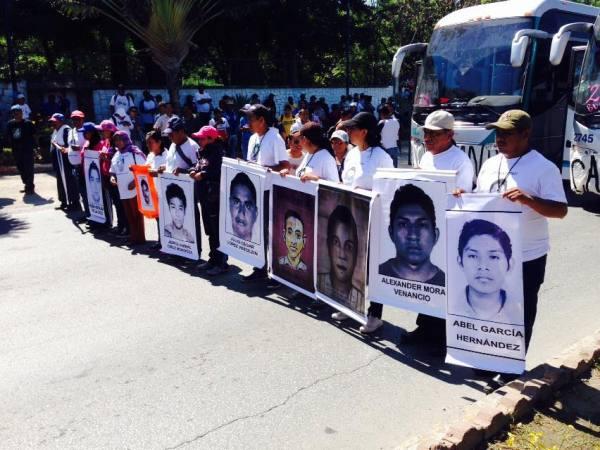 Miembros de la Brigada No. 2 Daniel Solís Gallardo de Ayotzinapa, Guerrero. Foto: Isaín Mandujano