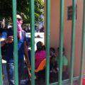 Toman normalistas las oficinas de la Secretaría de Educación. Foto: Sandra de los Santos/ Chiapas PARALELO.