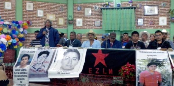 Familiares denunciaron la desaparición de hombres y mujeres que se oponen al sistema capitalista. Foto: Radio Pozol