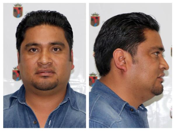 Fichado en la PGJE el ahora ex alcalde del PRD en Pueblo Nuevo Solistahuacán.