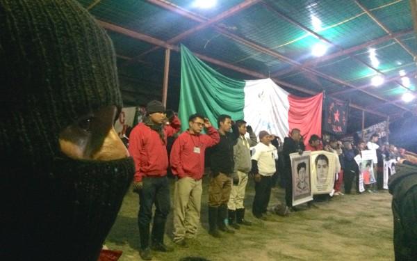 """""""Formemos un remolino de viento. Formemos una sola ola..."""" fue el llamado del EZLN. Foto: Ángeles Mariscal"""