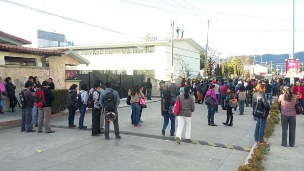 Protestan en una Guarnición Militar del Ejército Mexicano en San Cristóbal de Las Casas.