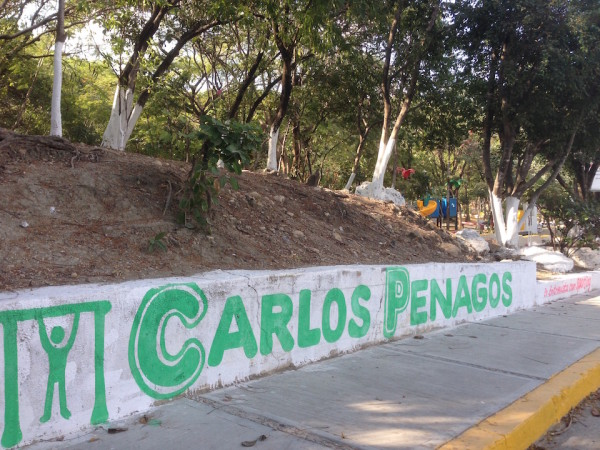 Propaganda de Carlos Penagos en el Parque de la Colonia Romeo Rincón
