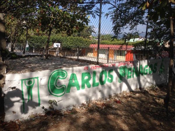 La escuela Alberto González Blanco tampoco se ha salvado de esta insultante campaña política