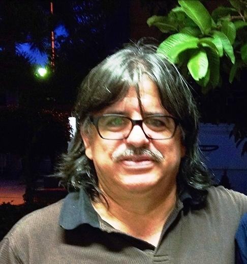 © De melena siempre y en ocasiones barba. Tuxtla Gutiérrez, Chiapas (2013)