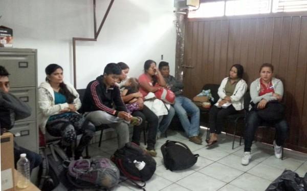Fueron llevados a la Estación Migratoria Siglo XXI, para su deportación. Foto: Icoso