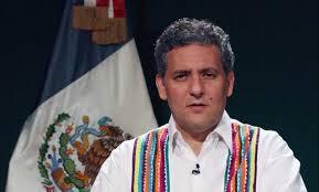 El regreso de Juan Sabines Guerrero como cónsul en Orlando, Florida, coloca en muy mala situación a la 4T, de la que se esperaba una renovación de cuadros y no la recuperación de políticos que simbolizan la corrupción y hasta la maldad.