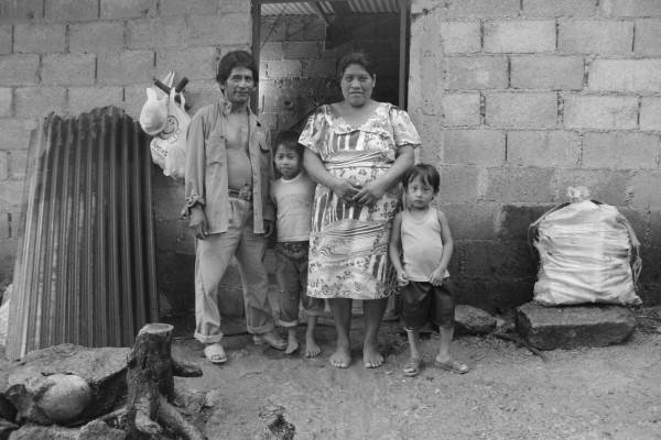 Epidemias, hambrunas y la erupción de volcanes han diezmado la población originaria en los últimos 5 siglos. Foto: Fermín Ledesma