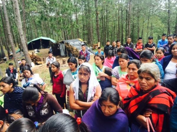 Mujeres desplazadas del poblado Primero de Agosto. Foto: Ángeles Mariscal/Chiapas PARALELO
