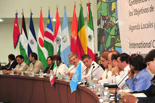 Juan Sabines y el representante de la ONU en México, Magdy Martínez Soliman. Foto: Archivo