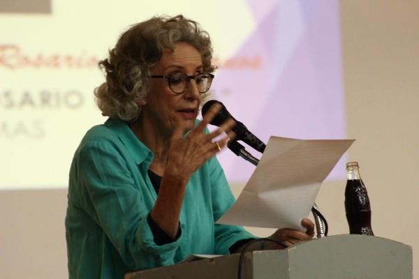 """Marta Lamas en la conferencia """"Rosario Feminista"""". Foto: Roberto Ortiz/ Chiapas PARALELO."""