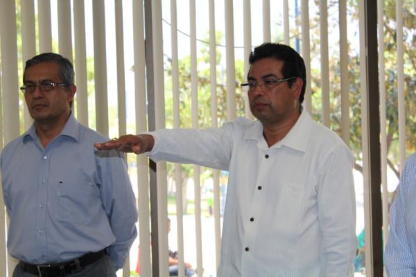 Pascual Escobar Solar, durante la toma de protesta como Director de la Facultad de Ciencias Sociales de la UNACH. Foto:  Cortesía