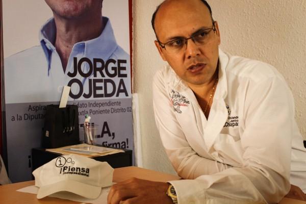 Rafael Jiménez Aréchar, candidato independiente a la presidencia municipal de Tuxtla. Foto: Roberto Ortíz/ Chiapas PARALELO.