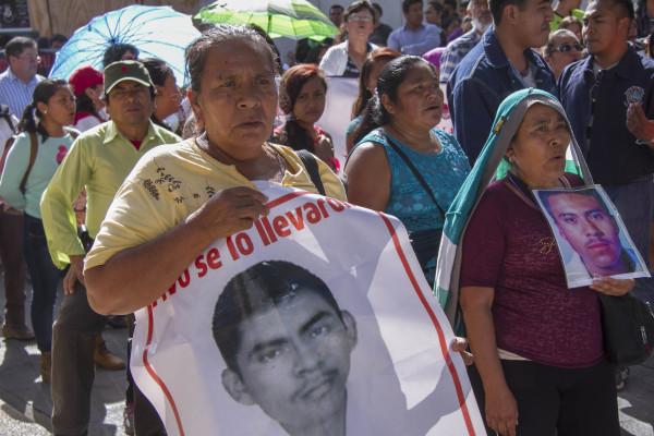 Padres y madres de los desaparecidos no quieren llegar al año sin encontralos. Foto: Moyses Zuniga Santiago.