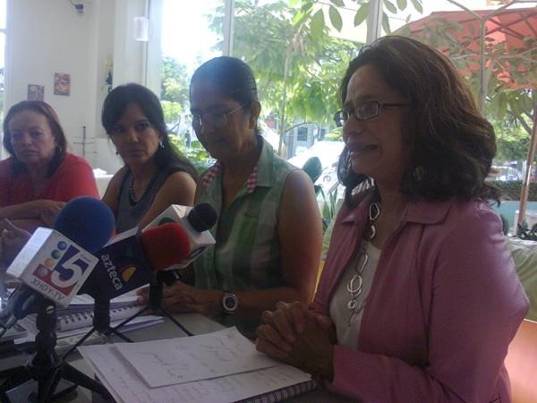 Integrantes de Repare ofrecieron ayer una conferencia de prensa. Foto: Cortesía.