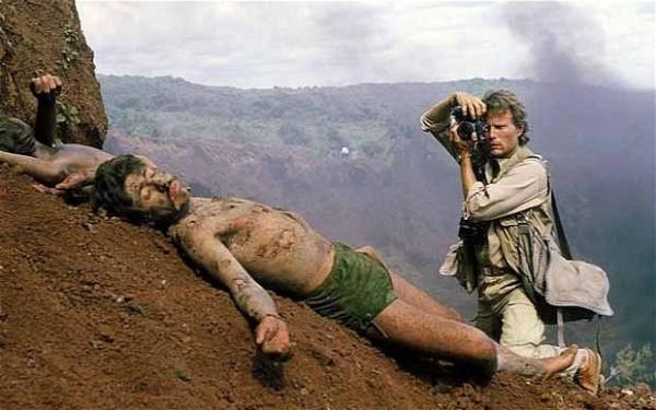 """Imagen de la película """"Salvador"""", de Oliver Stone."""