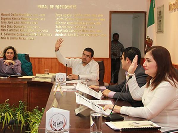Los Consejos Distritales y Municipales del IEPC están integrados por 487 mujeres.