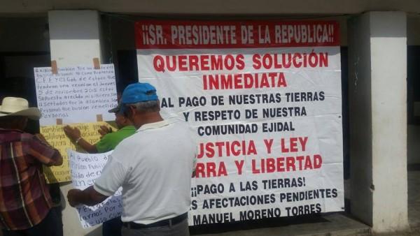 """""""Los ejidatarios básicos que somos de tercera edad de 60 años en adelante, tomamos un decisión muy difícil, iniciamos una huelga de hambre hasta que liberen a nuestro abogado Arturo y respete nuestros derechos que venimos exigiendo"""", indicó el campesino.  Foto: Frayba"""