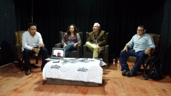 De izquierda a derecha: Juventino Sánchez, Damaris Disner, Héctor Cortés y Daniel Pulido en la presentación del libro de Héctor Cortés.