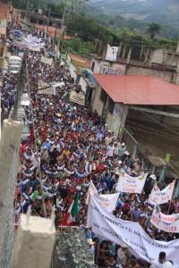 Las y los indígenas se pronunciaron contra la industria extractiva que amenaza sus terriotiros. Foto: Cortesía Medios Libres