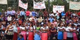 Mujeres protestan contra la violencia en todas sus formas, incluida la violencia por despojo de tierra y territorio. Foto: Cortesía