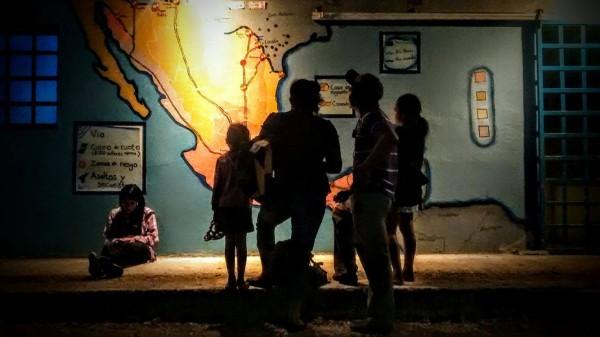 """Sigue a la """"Xl caravana de madres de #MigrantesDesaparecidos"""" a traves del @MMMesoamericano con el HT: #NosHacenFaltaTodos"""