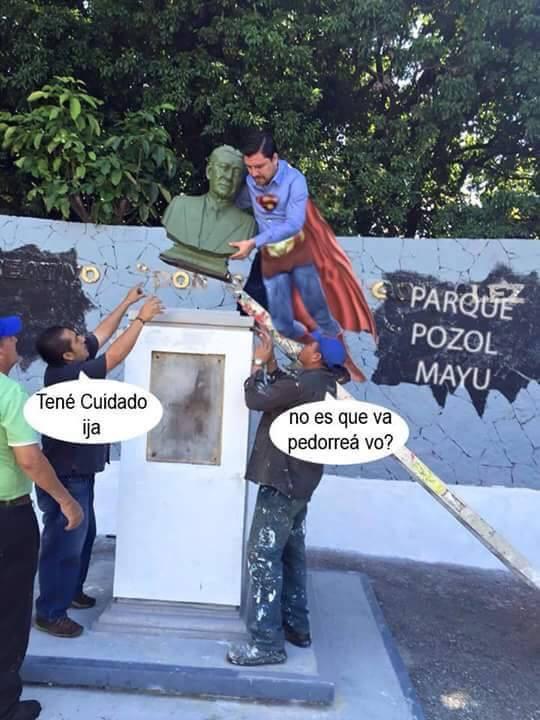 El presidente municipal Fernando Castellanos quitó el busto del ex gobernador Samuel González Blanco del parque Joyu Mayu.