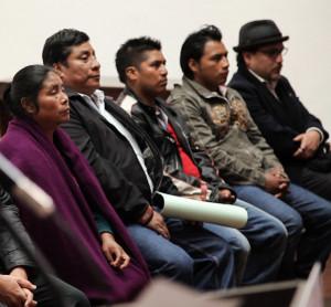 Padres de los niños de El Aguaje. Foto: Frayba