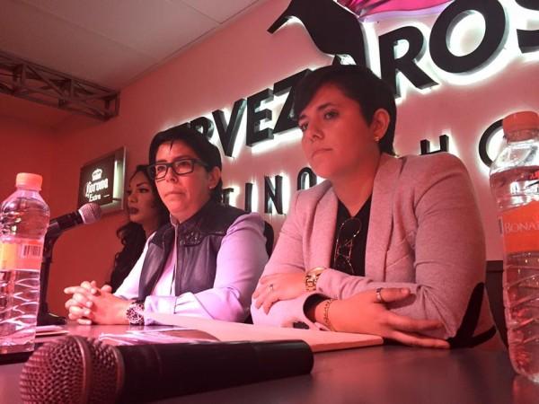 Alejandra López y Lorena de la Huerta en conferencia de prensa.