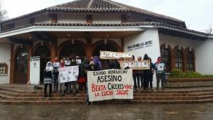 Amigos y compañeros de Gustavo Castro protestan en San Cristóbal de Las Casas