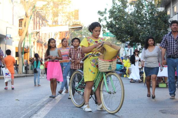 Durante el Festival hubo paseo en bici. Foto: Arnold Jarquin/ Cortesía.