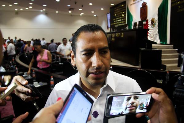 El presidente de la mesa directiva, Eduardo Ramírez Aguilar. Foto: Francisco López Velásquez/ Chiapas PARALELO.