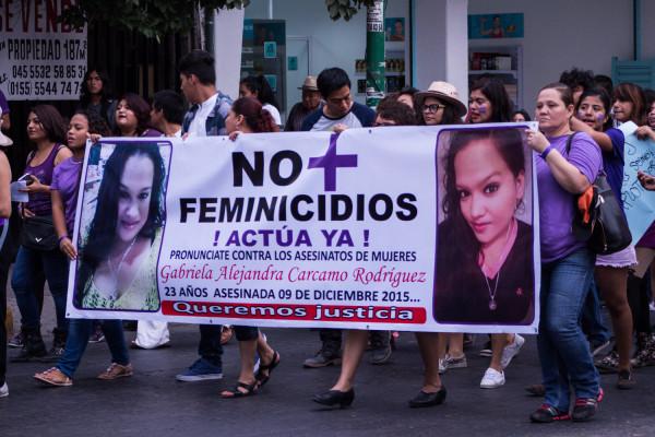La marcha fue encabezada por la familias de Gabriela Alejandra Carcamo, quien fue asesinada en Diciembre del año pasado. Foto: Patricia Montesinos/ Chiapas PARALELO.