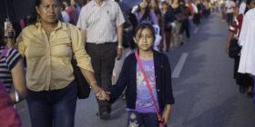 Marcha de apoyo de padres de familia en San Cristobal de Las Casas, Chiapas. 05 de julio de 2016. Foto: Moyses Zuniga Santiago.