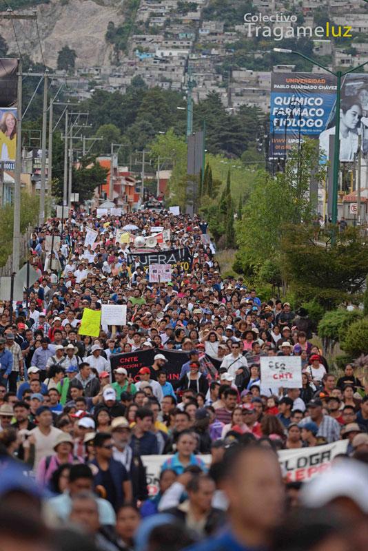 San Cristóbal de Las Casas, en pleno, salió a la calle a demandar la salida de Marco Cancino.