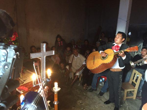 Con mariachi despiden al alcalde asesinado el sábado