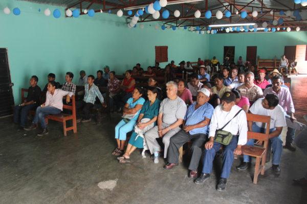 Reunión de análisis sobre las reformas estructurales, en Rayón, Chiapas. Foto: Fermín Ledesma