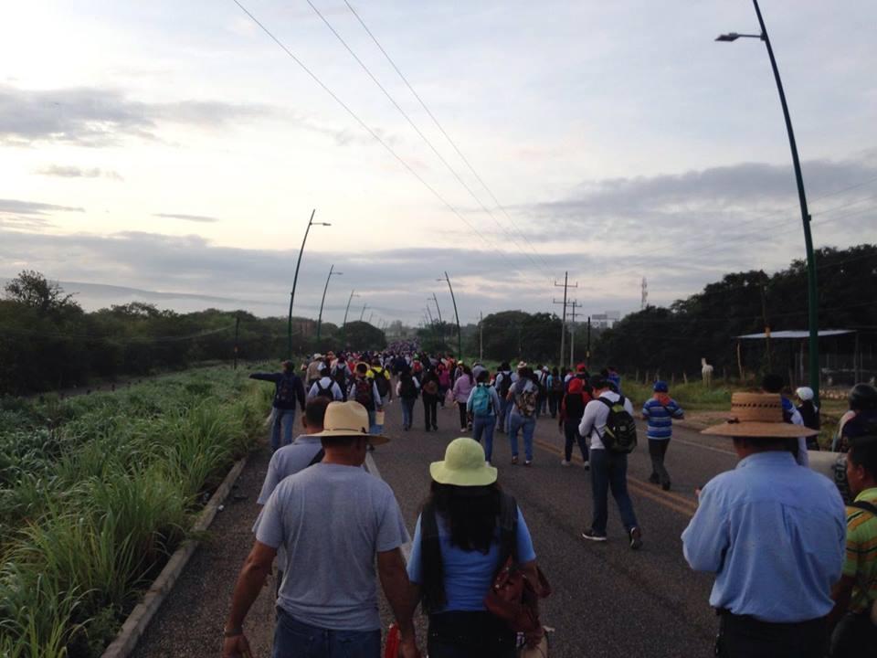 <a class=&quot;amazingslider-posttitle-link&quot; href=&quot;http://www.chiapasparalelo.com/noticias/chiapas/2016/07/maestros-bloquean-aeropuerto-de-chiapas/&quot;>Maestros bloquean aeropuerto de Chiapas</a>