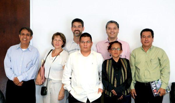Consejeros del IEPC y parlamentarios suizos intercambian experiencias democráticas