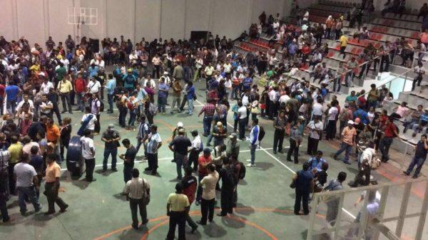 """Un """"pacto político"""" con el gobierno de Enrique Peña Nieto no tenía validez, señalan inconformes. Foto: Isaín Mandujano"""