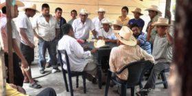 © Participación desde abajo. Sin mediaciones. Tuxtla Chico (2010)