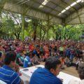 Asamblea de delegados de la fracción del CNTE que encabezan Adelfo Alejandro Gómez y Pedro Gómez Bámaca.  Foto: José Luis Escobar
