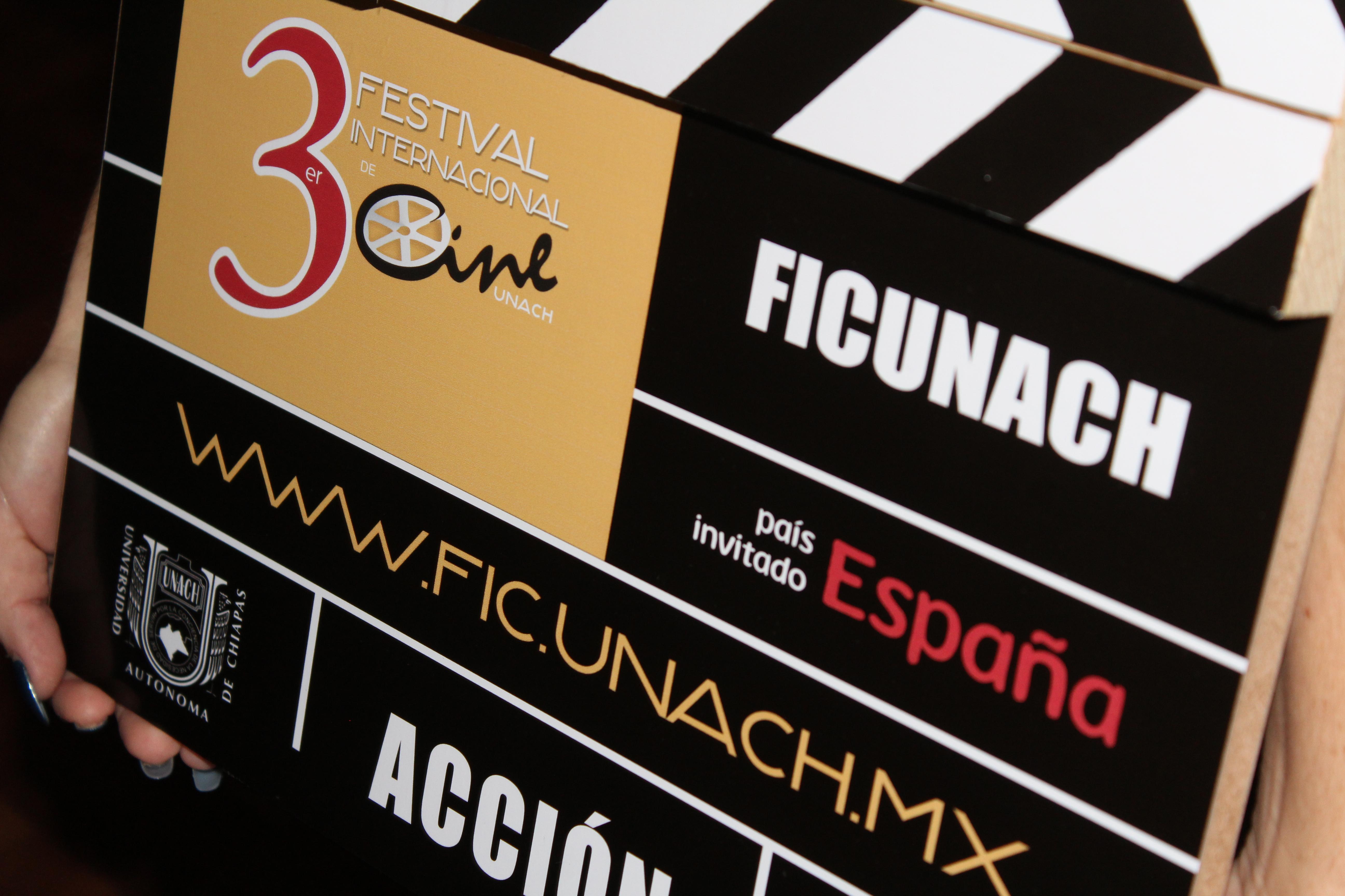 <a class=&quot;amazingslider-posttitle-link&quot; href=&quot;http://www.chiapasparalelo.com/noticias/chiapas/2016/09/inicia-el-3er-festival-internacional-de-cine-unach/&quot;>Inicia el 3er Festival Internacional de Cine UNACH</a>