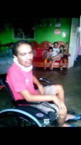 A Pablo Alberto Díaz Gómez de Chiapa de Corzo, le dio Guillain-Barré después de haber padecido el virus del zika. Sigue en recuperación.