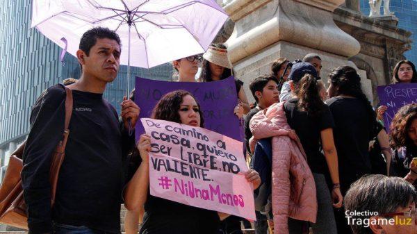 Los hombres que acudieron, fueron respetuosos del protagonismo d elas mujeres en la manifestación, aunque siempre la prensa, siempre, compuesta en su enorme mayoría, fue motivo de incomodidad. Ciudad de México